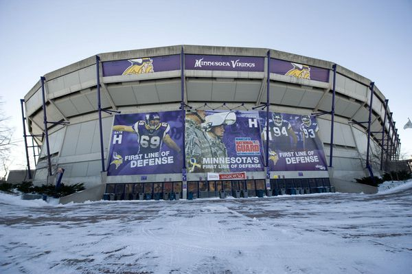 In Metrodome Today Somebody Played Like >> Where Does The Vikings Stadium Bill Stand Acme Packing Company