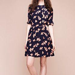 "<b>Lauren Moffatt</b> Uma Snap Dress in Navy, <a href=""http://www.cloakanddaggernyc.com/index.php?main_page=product_info&cPath=2_12&products_id=1081&zenid=614u8f9n50mpn7i7htc4tuqrc4"">$398</a> at Cloak and Dagger"