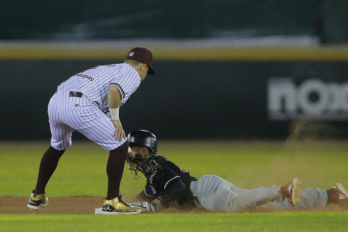 Algodoneros Union Laguna v Tecolotes de Dos Laredos - Liga Mexicana de Beisbol 2010