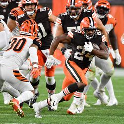September 2020: In Week 2, the Browns utilized both of their backs heavily, as Nick Chubb and Kareem Hunt combined for over 210 yards on the ground and 4 touchdowns total. Bengals rookie Joe Burrow was up to the task of keeping the Bengals alive, but Cleveland prevailed 35-30 for their first win of the season.