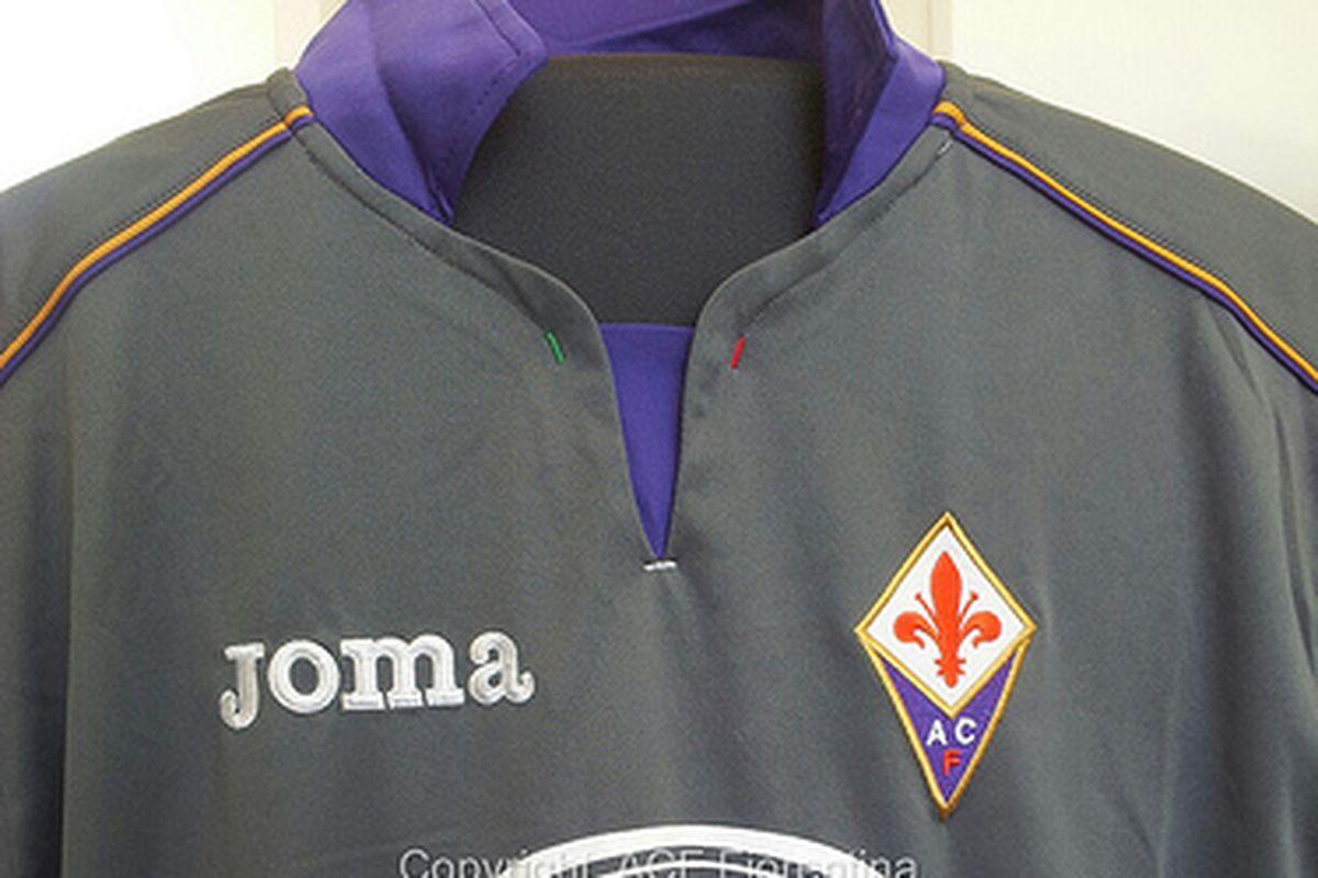 The 2013-2014 Fiorentina third kit