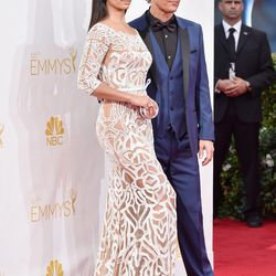 Matthew McConaughey and Camilla Alves, in Zuhair Murad.
