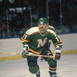Mike Gartner, Minnesota North Stars (Photo by Bruce Bennett Studios/Getty Images)