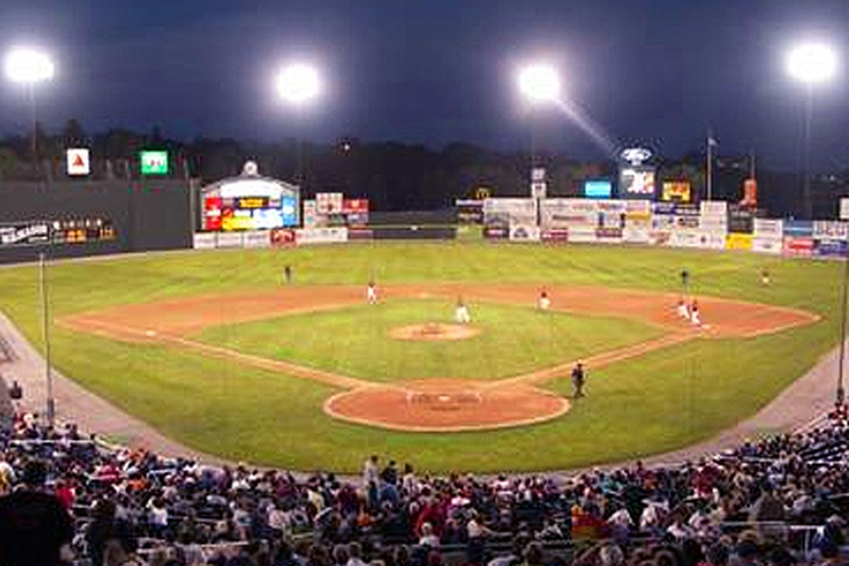 What To Eat At Hadlock Field Home Of The Sea Dogs Eater