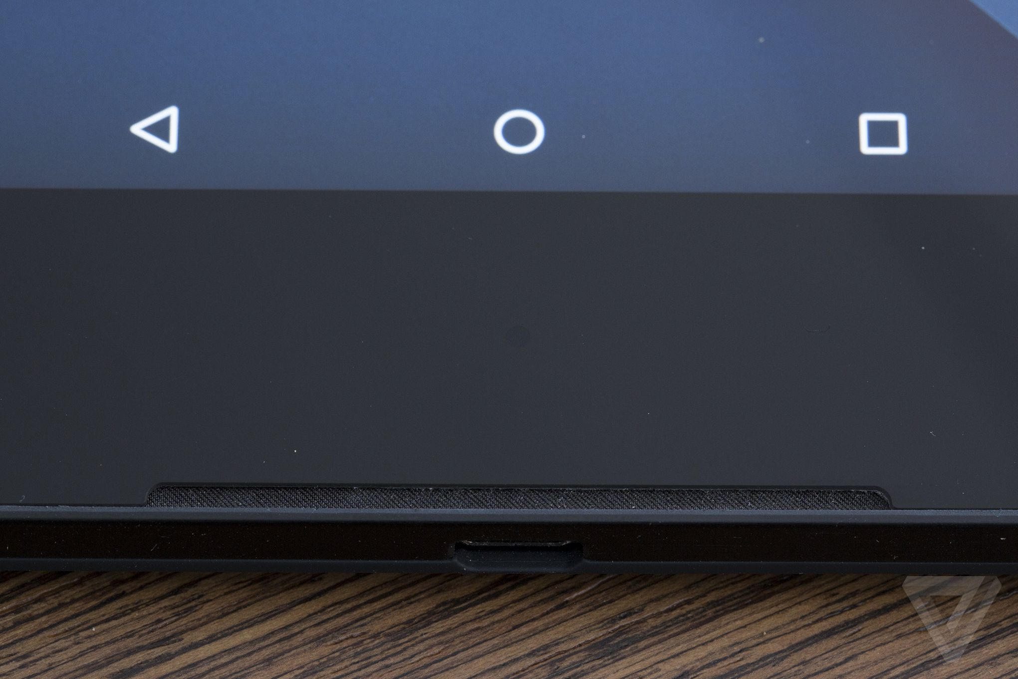 htc nexus 9. google commissioned htc to build the nexus 9, but it looks so similar last year\u0027s lg-made 5 that it\u0027s very clear led design direction htc 9
