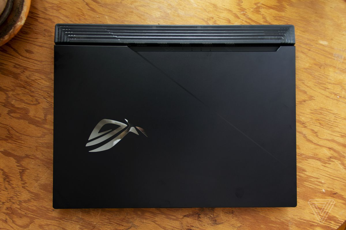 The lid of the Asus ROG Strix Scar 15 from above.