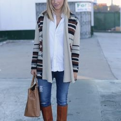 """Emily of <a href=""""http://cupcakesandcashmere.com""""target=""""_blank"""">Cupcakes and Cashmere</a> is wearing a BB Dakota Sweater, a <a href=""""https://www.jcrew.com/mens_category/shirts/oxford/PRDOVR~27156/27156.jsp?srcCode=AFFI00001&siteId=Jwn5gl5xnX0-a0f6wcz7MnP"""