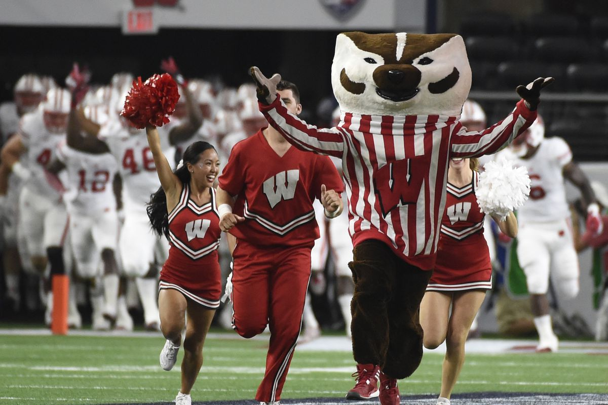 2017 Cotton Bowl Preview: Wisconsin Badgers vs. Western ...