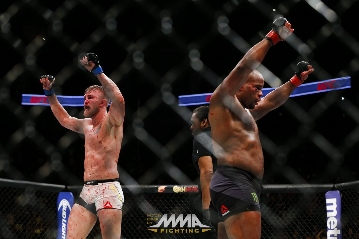 Daniel Cormier releases statement on Alexander Gustafsson retirement