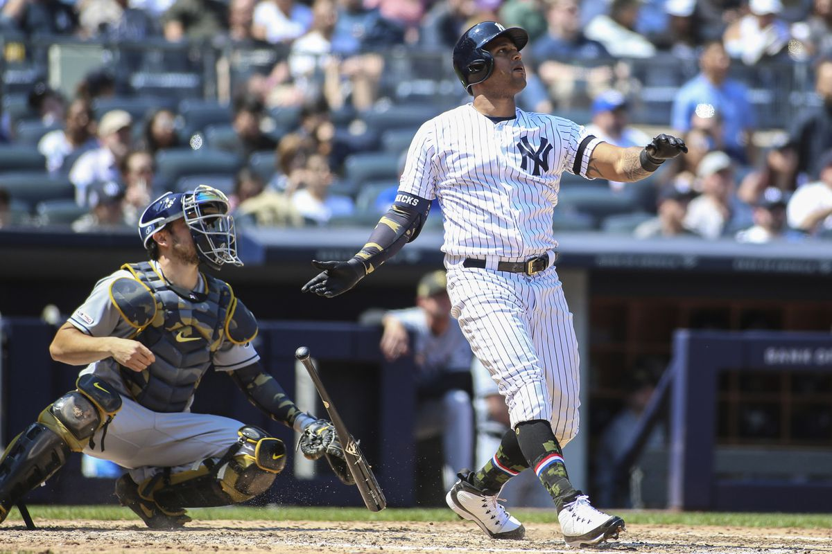 Yankees reclaim division lead in 13-5 win over the Rays