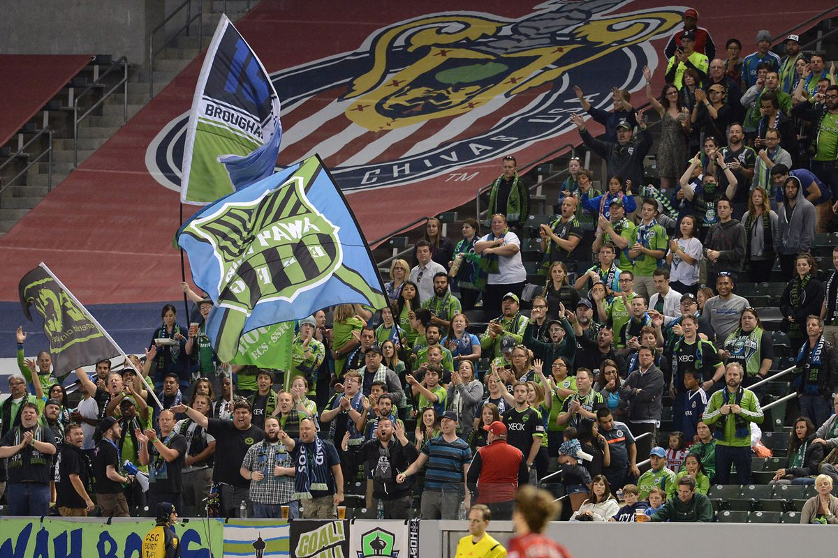100s of Away Boys showed up in Carson. That didn't hurt the TV ratings one bit.
