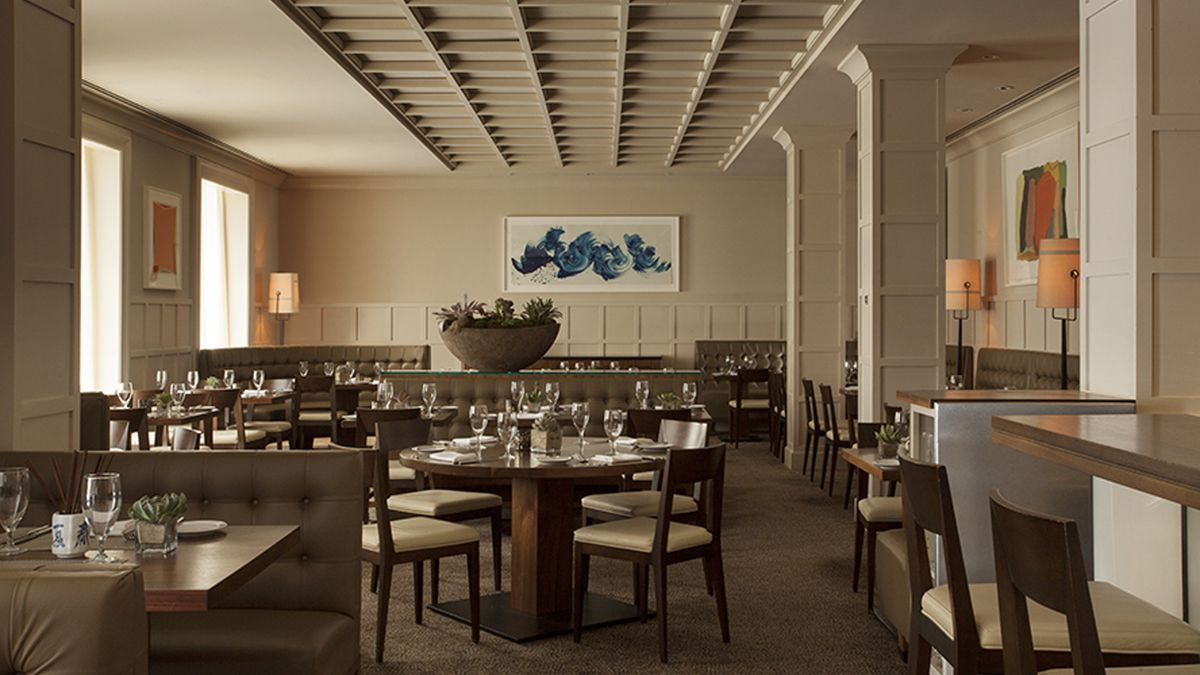 The dining room at Clio