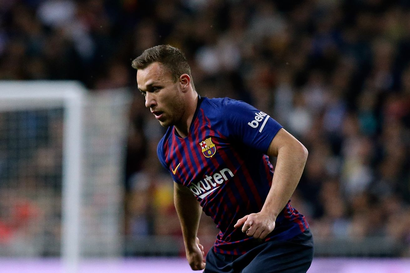 Arthur hits new heights for Barca against Lyon