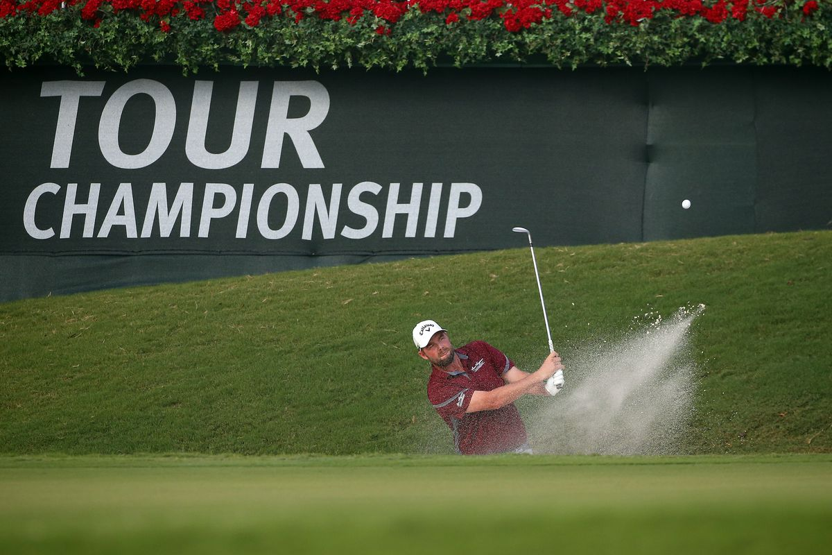 Thomas takes joint lead after eagle on 18