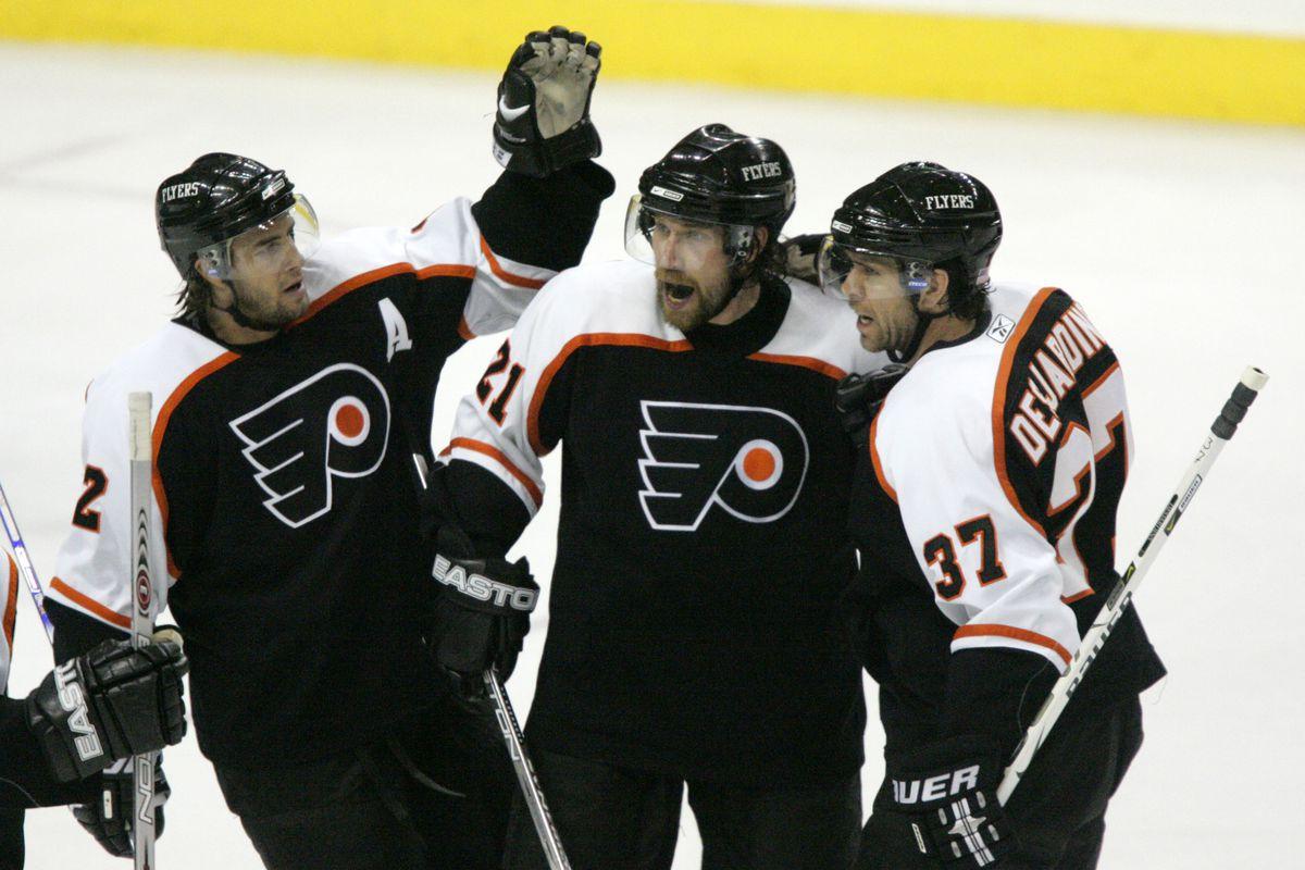 2006 NHL Playoffs - Eastern Conference Quarterfinals - Game Four - Buffalo Sabres vs Philadelphia Flyers