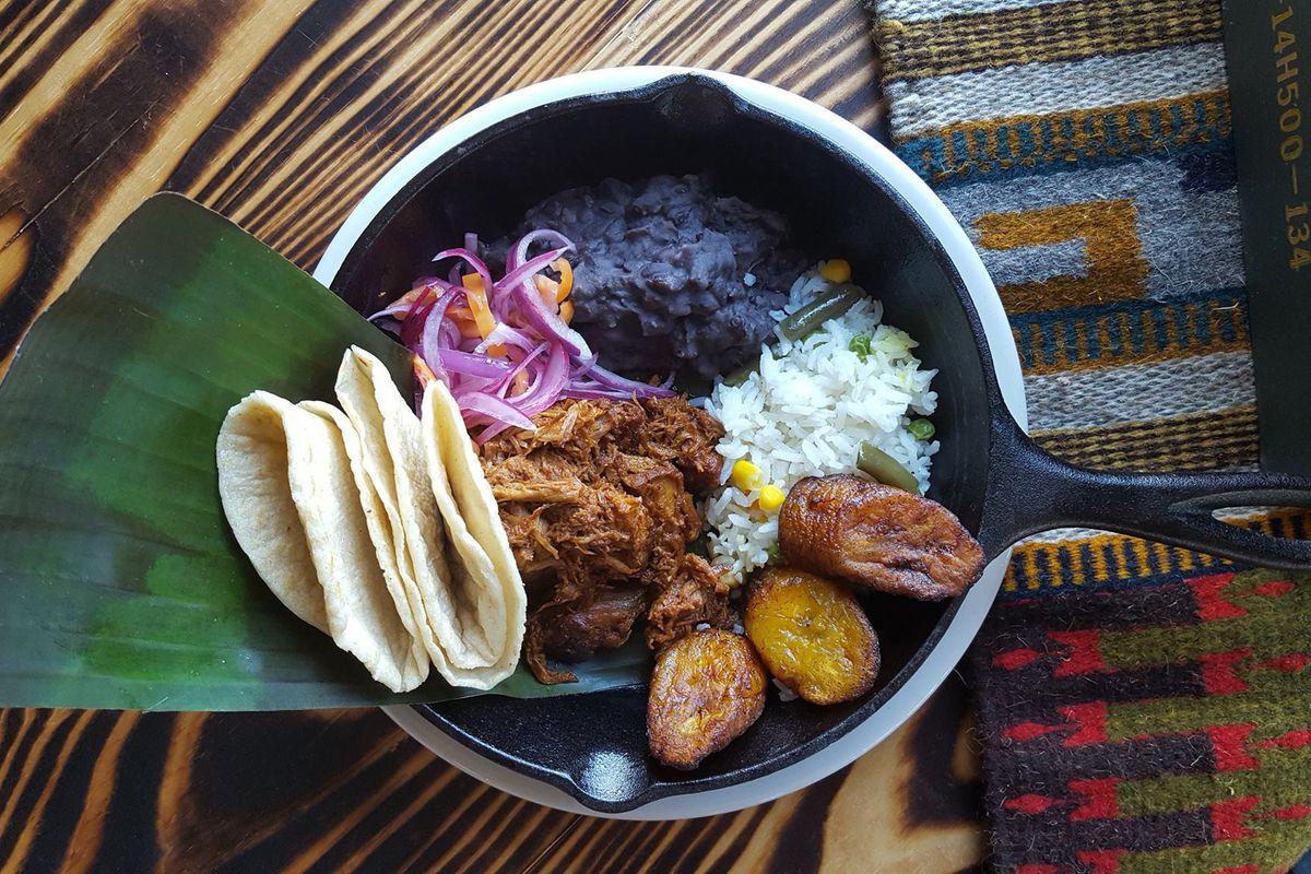 Veracruz All Natural's cochinita pibil