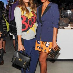 """And <a href=""""https://twitter.com/TargetStyle/status/375795467403026433/photo/1"""">still more</a> celebrities arrive."""