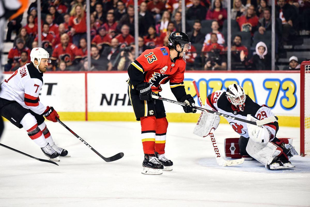 NHL: NOV 07 Devils at Flames