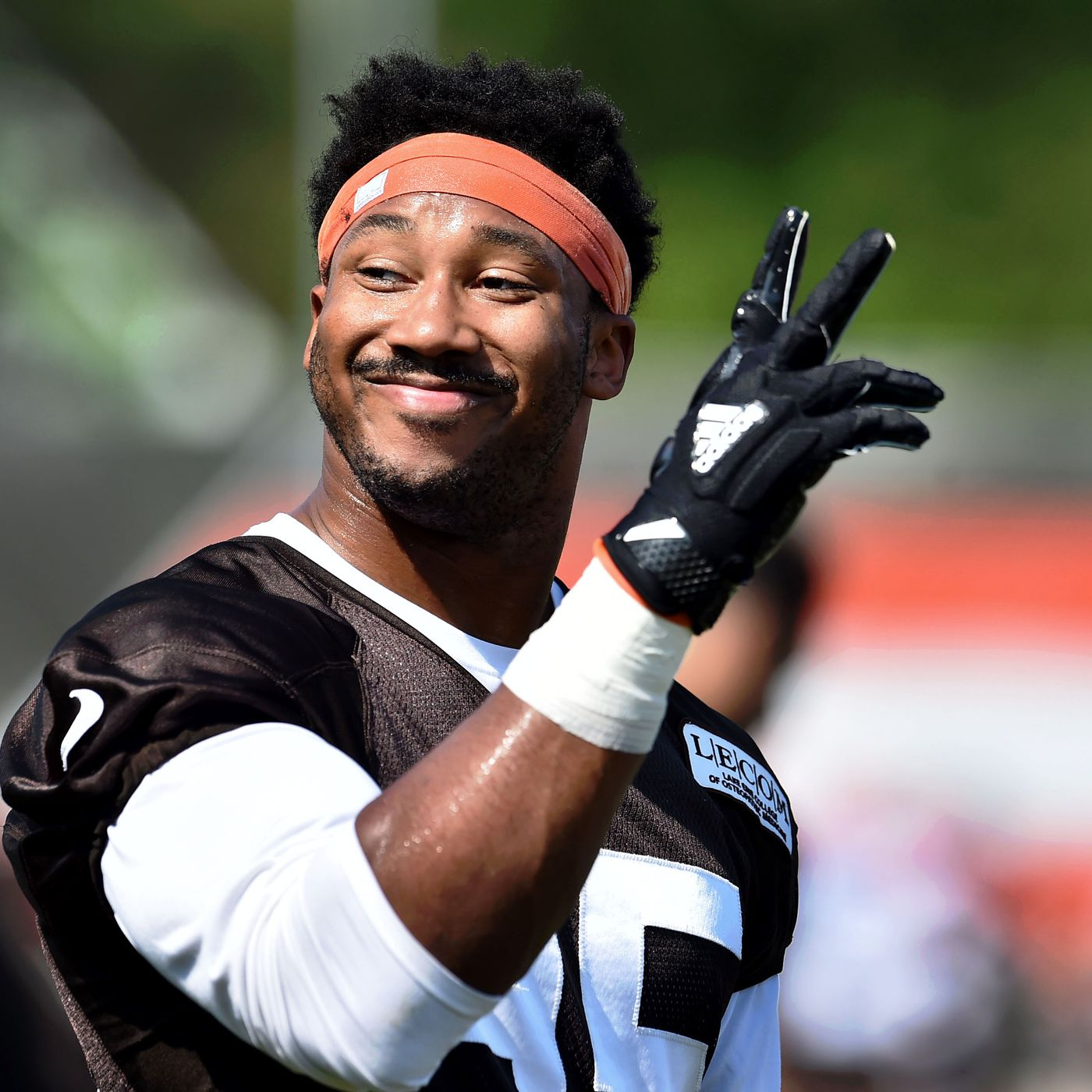 Cleveland Browns inching closer to contract extension with Myles ...