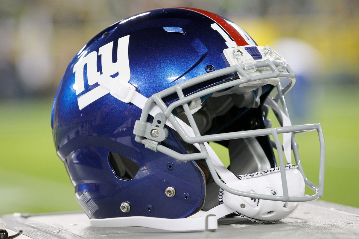 Good Morning New York Giants Fans Here Are Your Thursday Headlines Topped By A Report That Gm Dave Gettleman Has Brought Some Help Into The Personnel
