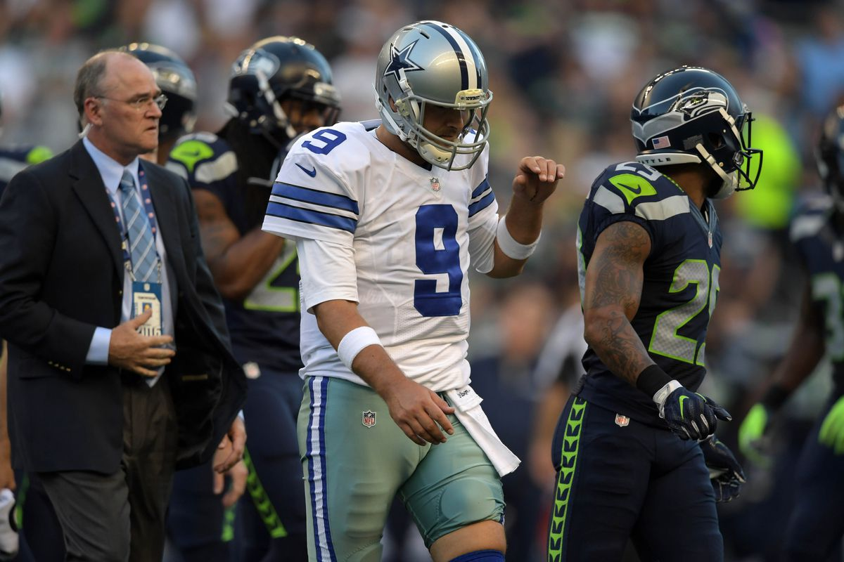 Will this be the last image of Romo on the field in a Cowboys uniform?