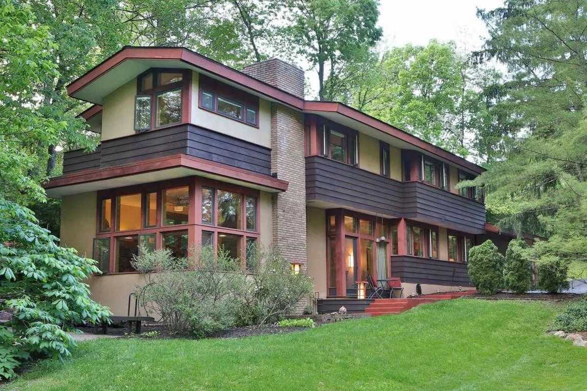 Usonian home in ohio wants 490k curbed for Usonian house plans for sale