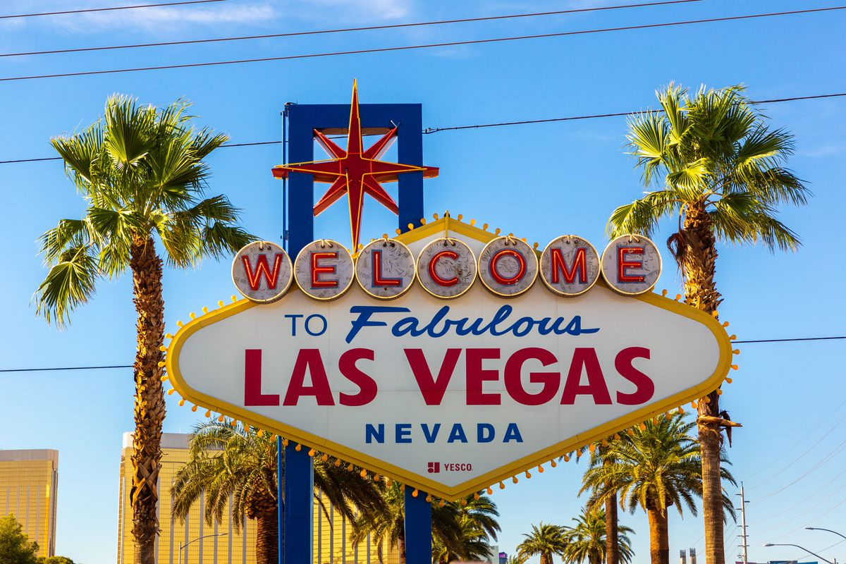 A sign that says Welcome to Fabulous Las Vegas