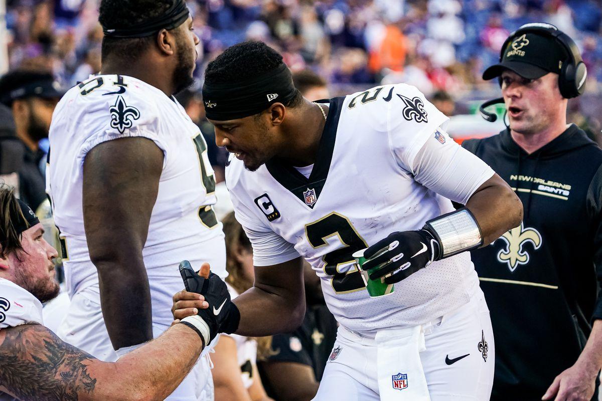 NFL: New Orleans Saints at New England Patriots