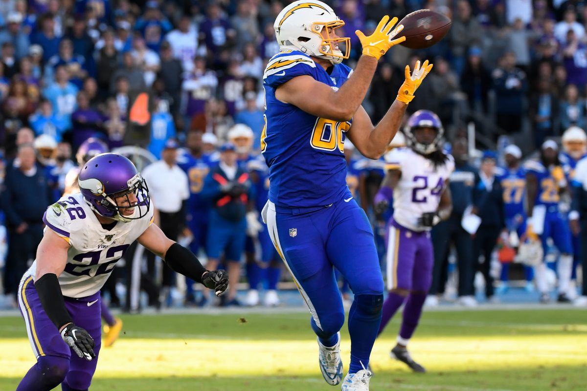 Hunter Henry free agency rumors: Tight end gets franchise tag from Chargers  - DraftKings Nation