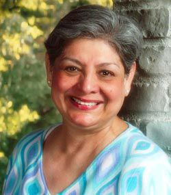 Valentina Flores