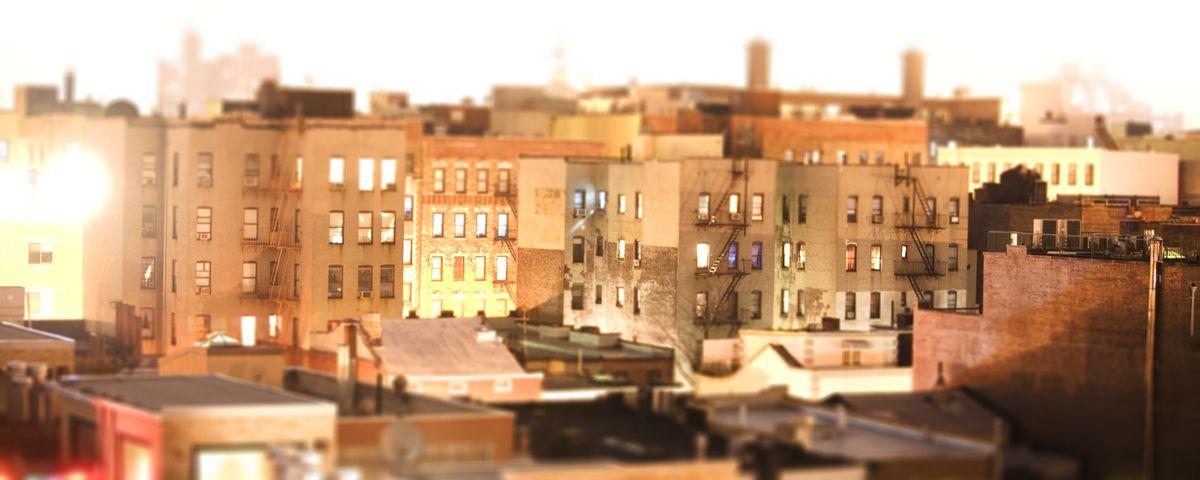 Manhattan and Brooklyn skyline at night