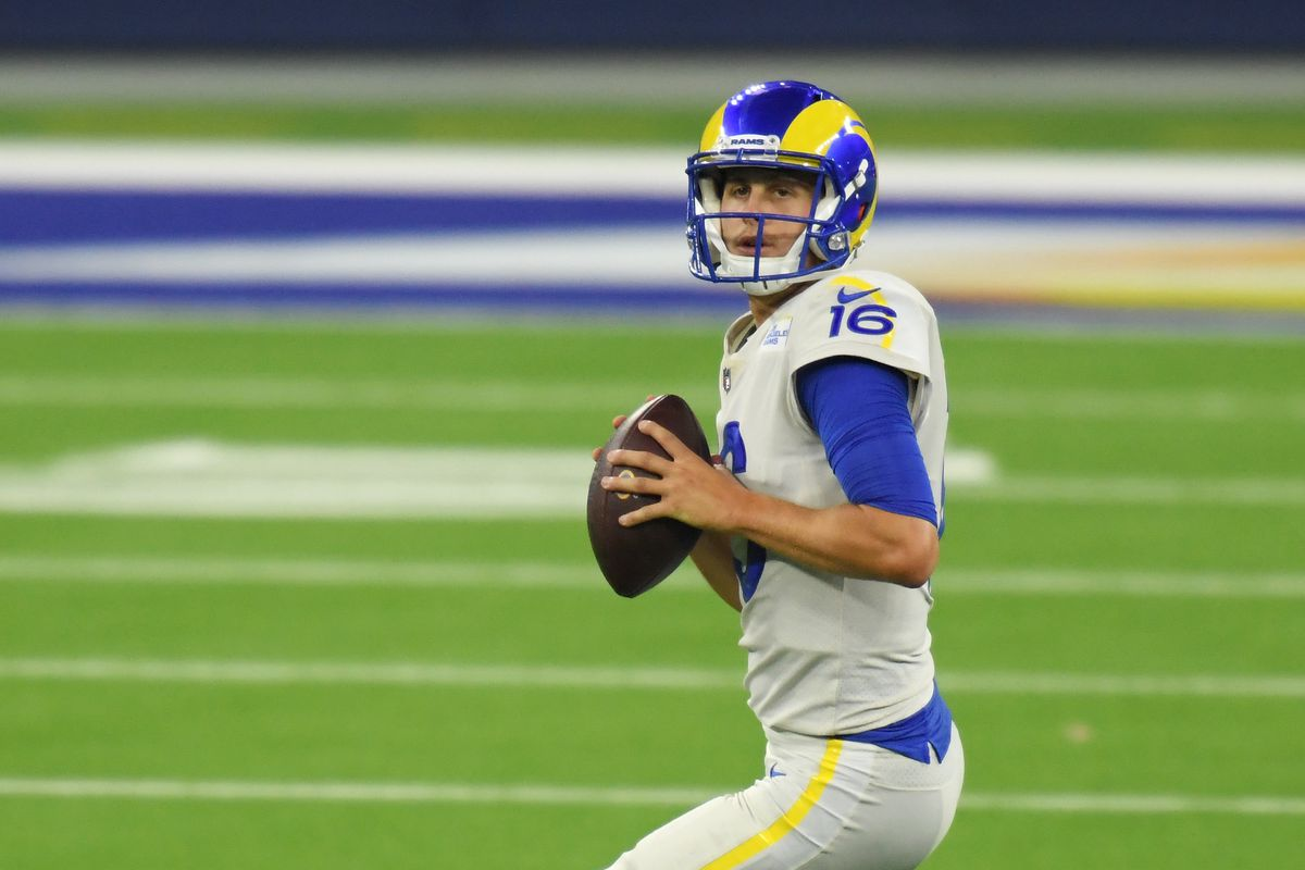 Fantasy Football Start Sit Advice Week 2 What To Do With Jared Goff Vs Eagles Draftkings Nation