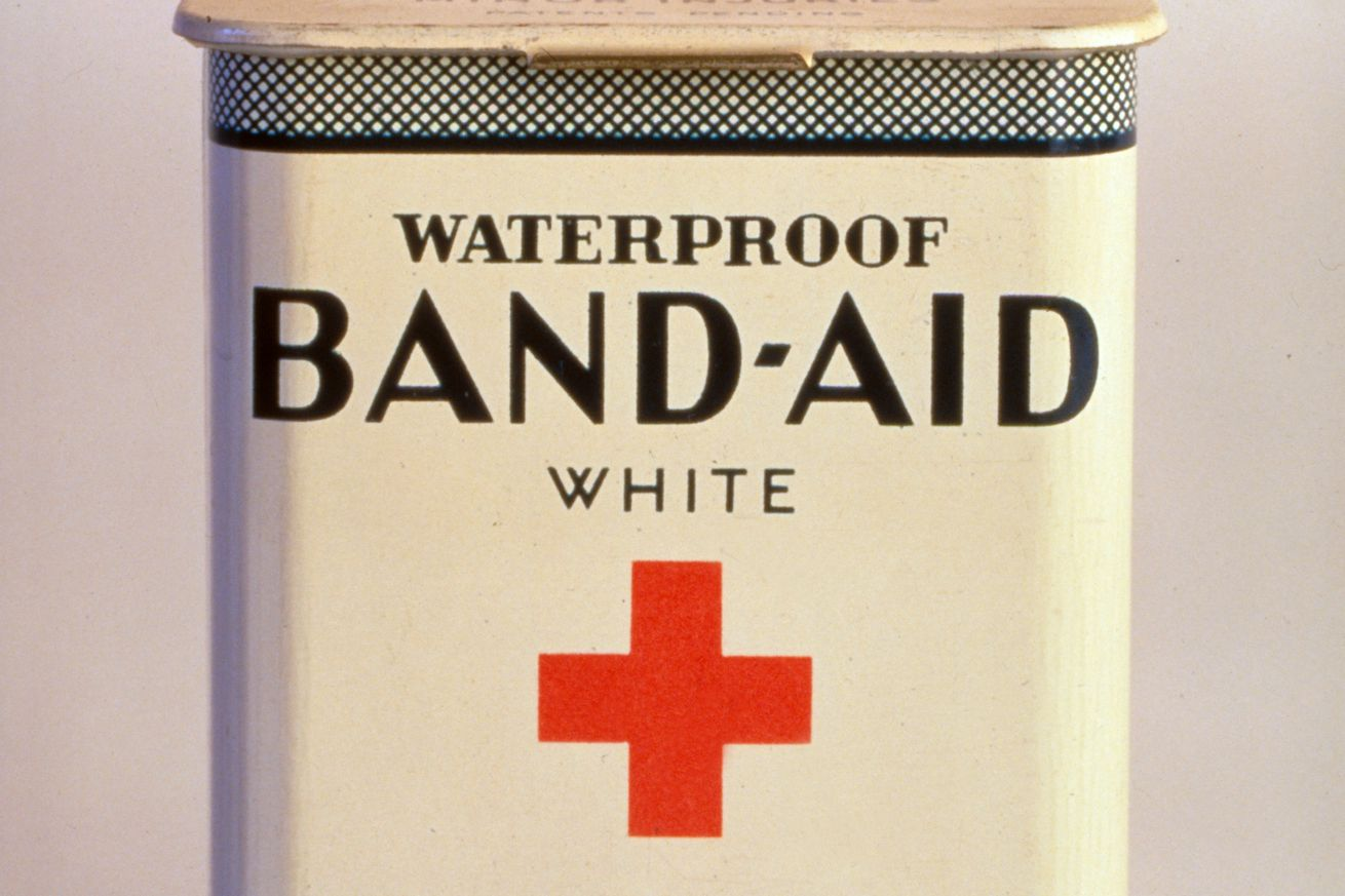 Vintage Johnson & Johnson Band-Aid box (