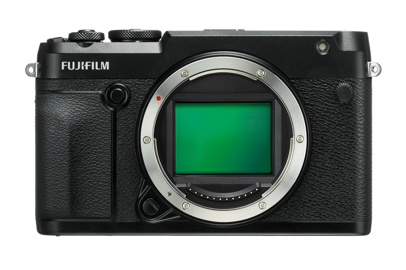 fujifilm s gfx 50r puts a medium format sensor in a rangefinder style body