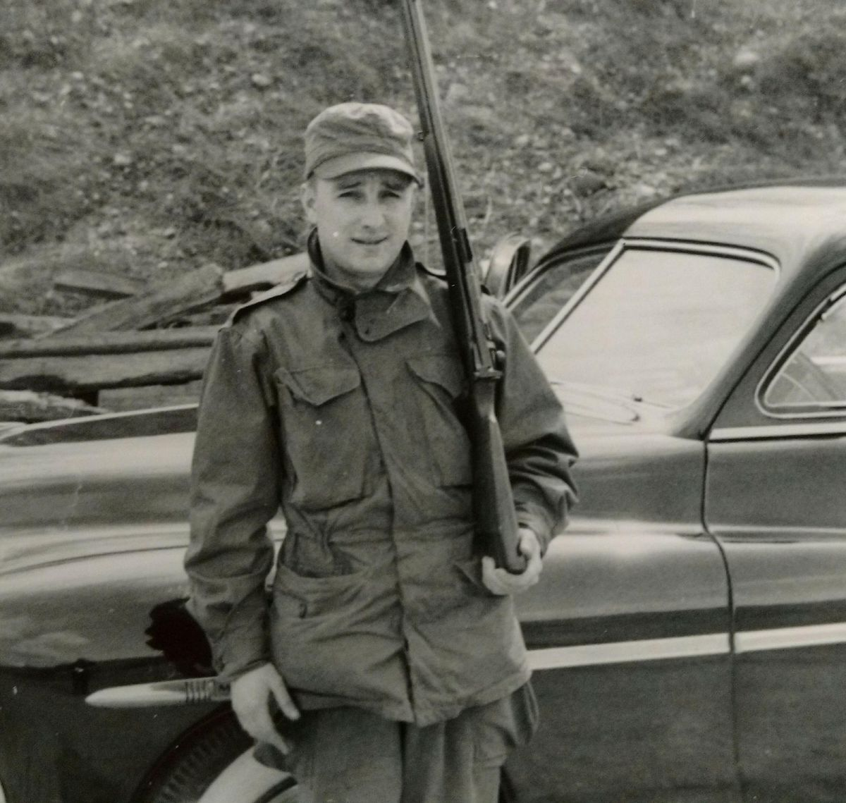 Casey Bloom served in the Army during the Korean War.