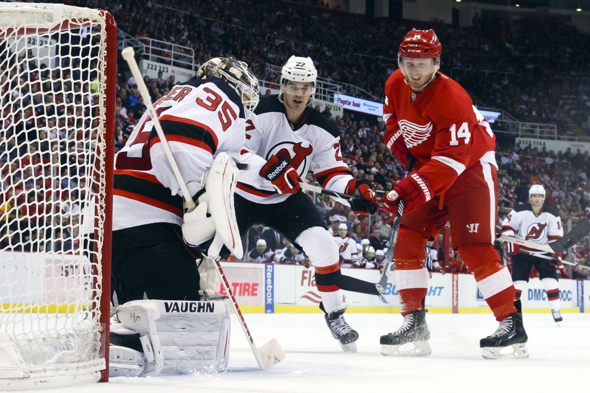 Schneider looks to carry the Devils to victory of the Red Wings.