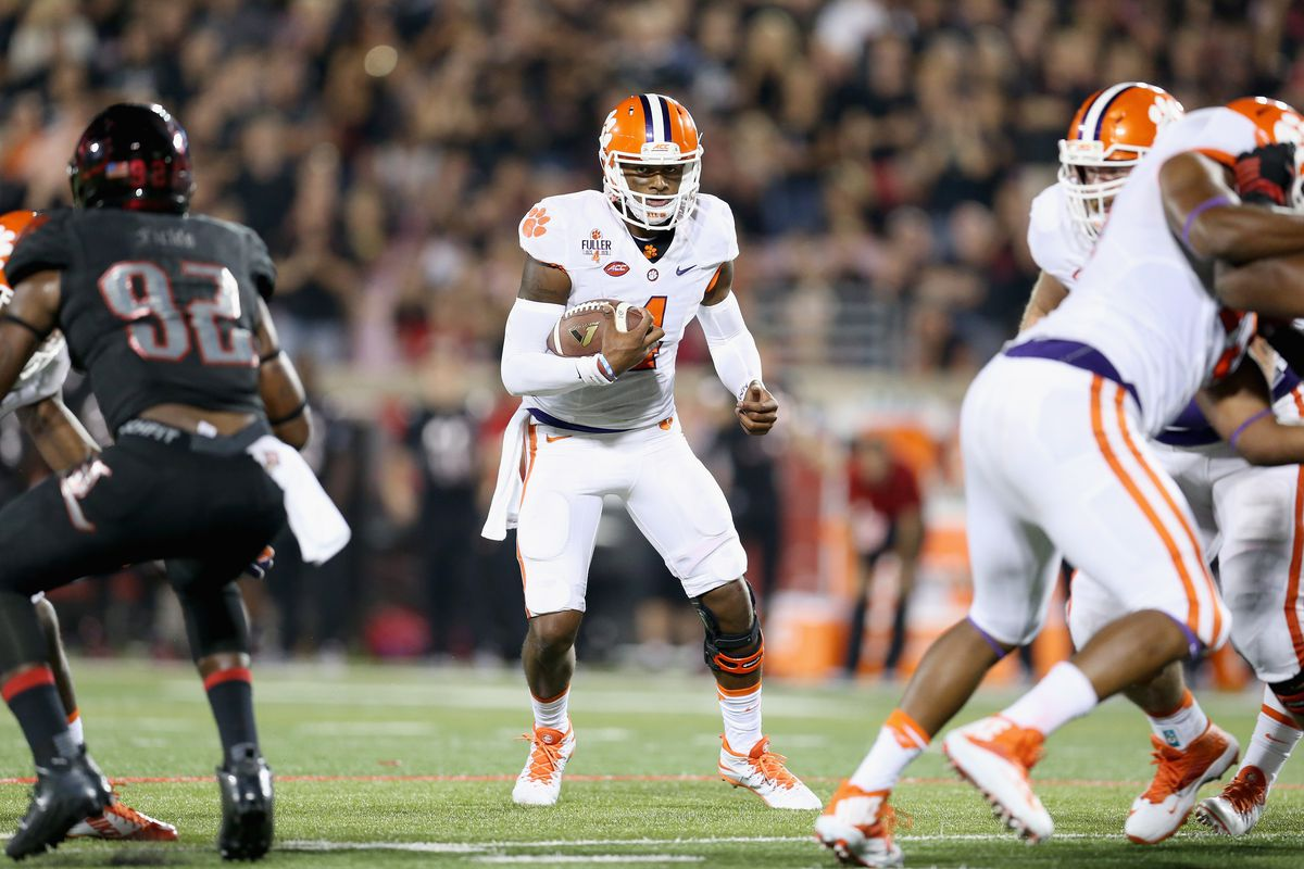 Deshaun Watson and Clemson will look to hand Notre Dame their first loss of the year