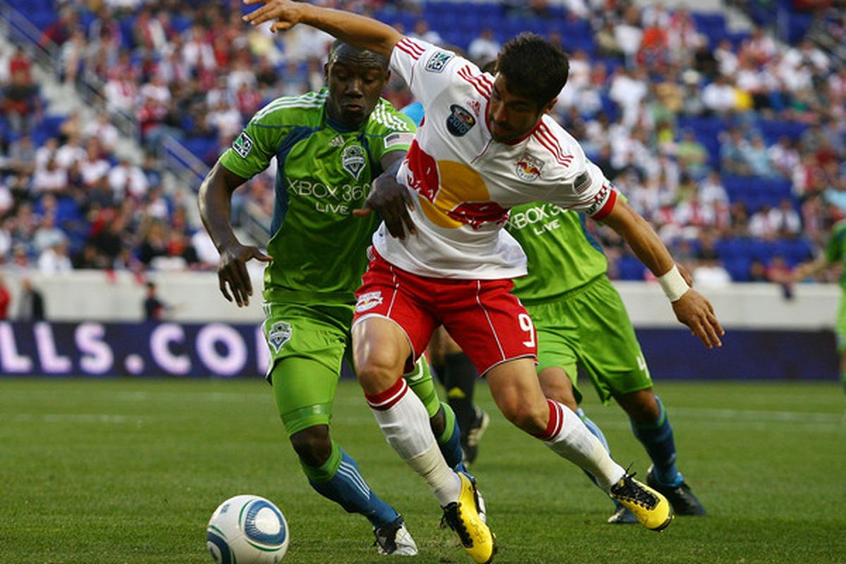 Jhon Kennedy Hurtado looks to return to his starting role, but who should join him?