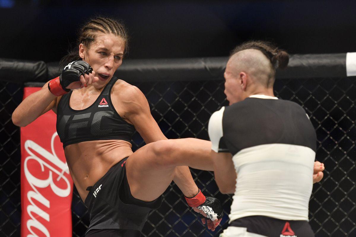 MMA: UFC 211-Jedrzejczyk vs Andrade