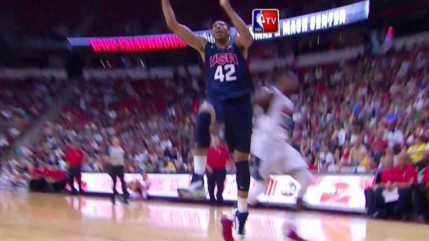Anthony Davis invents a new basketball move