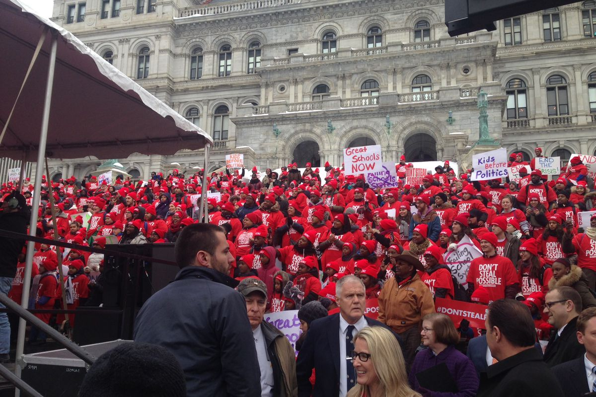 Charter-school parents, teachers, and students gather in Albany for a rally.
