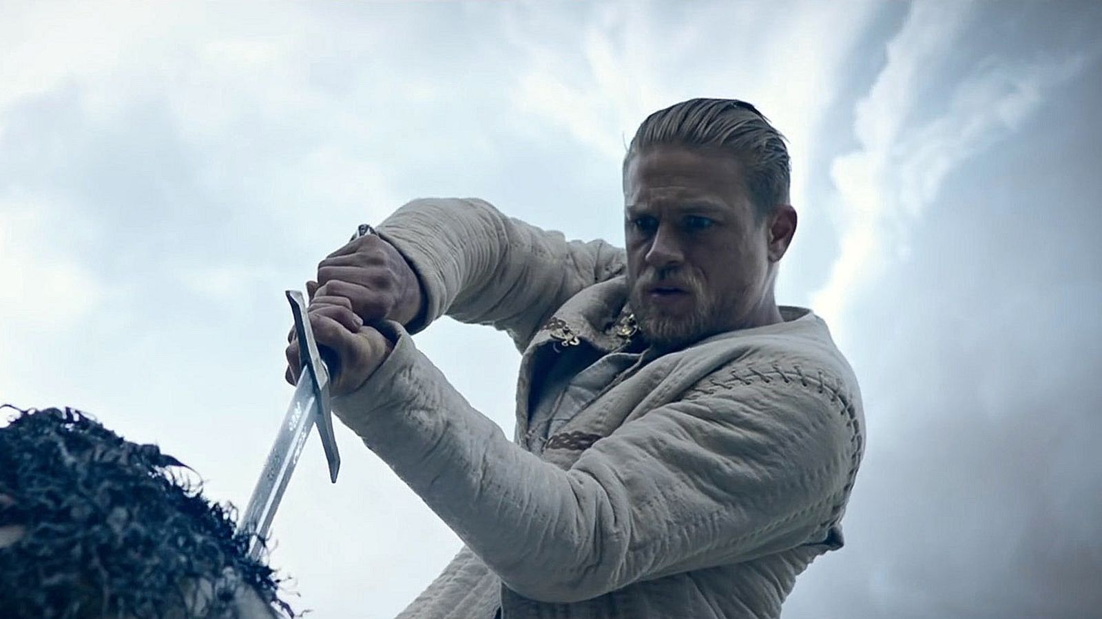 King Arthur: Legend Of The Sword review: the exact point where ...