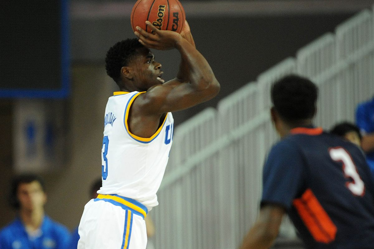 Aaron Holiday had a great first half as UCLA pulled away from Pepperdine