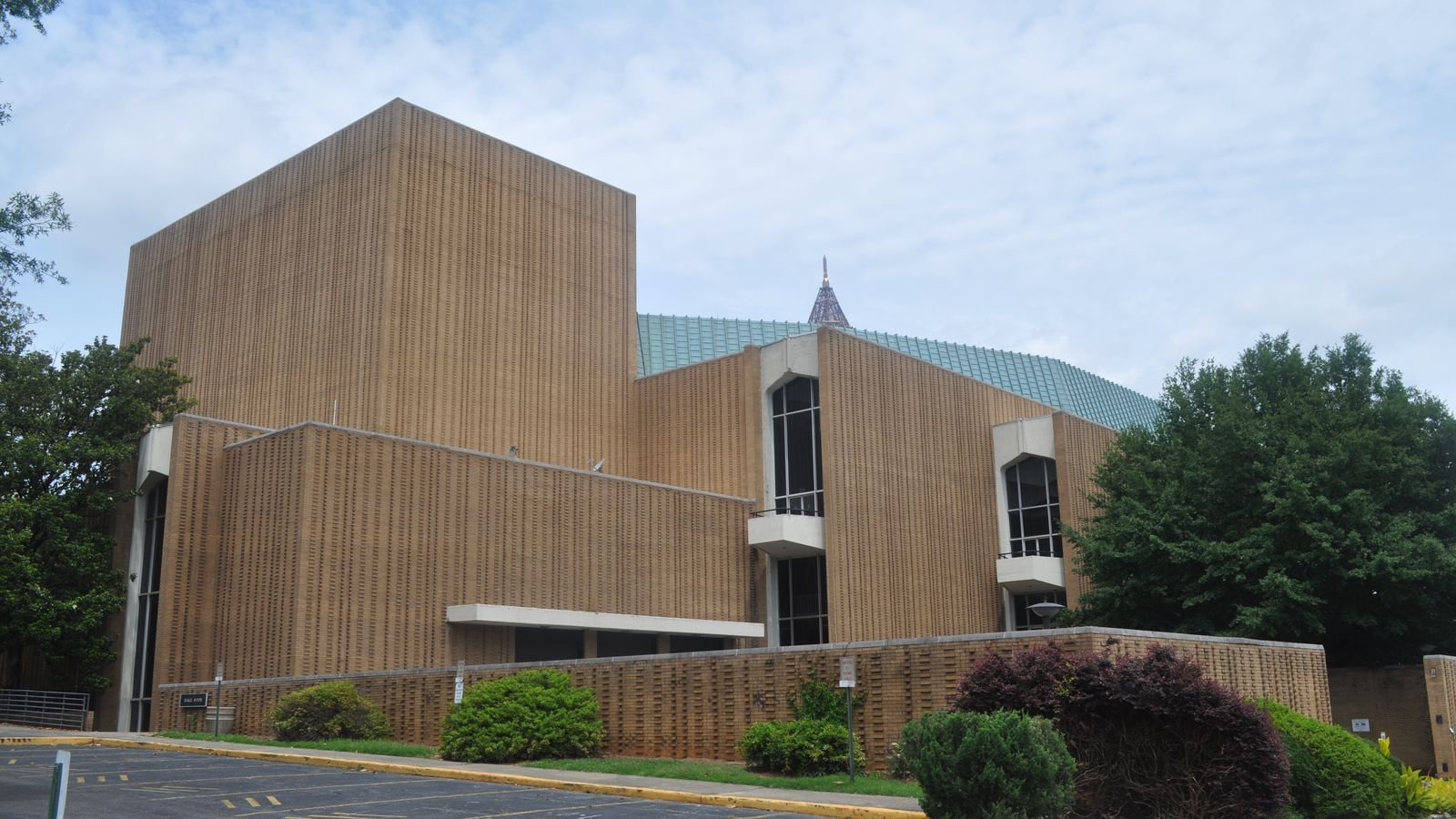 Steve Harvey And Family Feud Bid Adieu To Atlanta S Civic