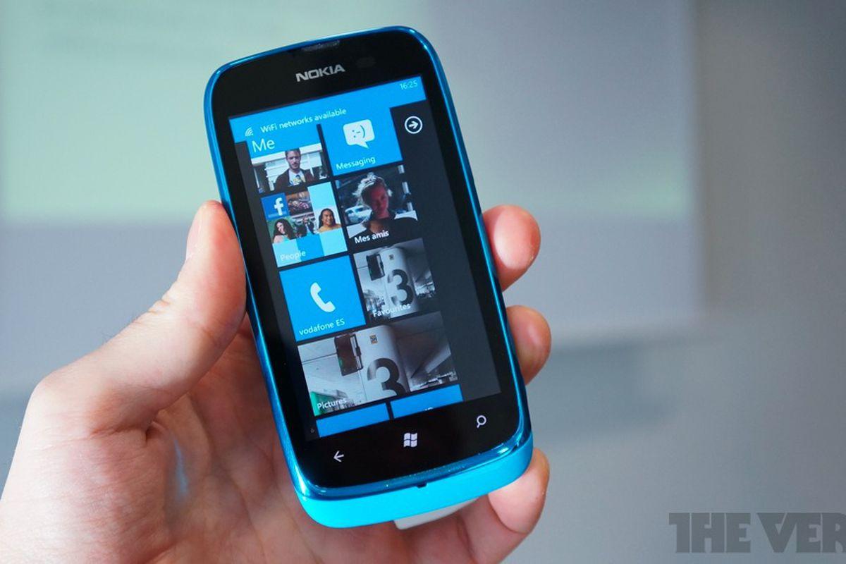Gallery Photo: Nokia Lumia 610 hands-on photos