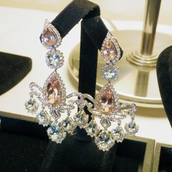 """""""This has to be the quintessential pair of Oscar earrings [by Farah Khan]. On camera, all of those blue stones will actually read like diamonds."""""""