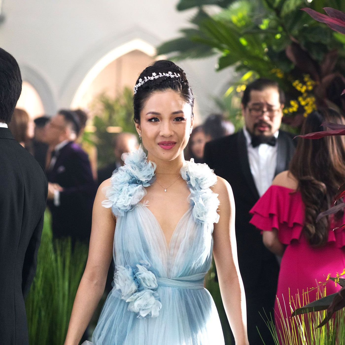 Crazy Rich Asians Illustrates The Rise And Fall Of Marchesa Vox