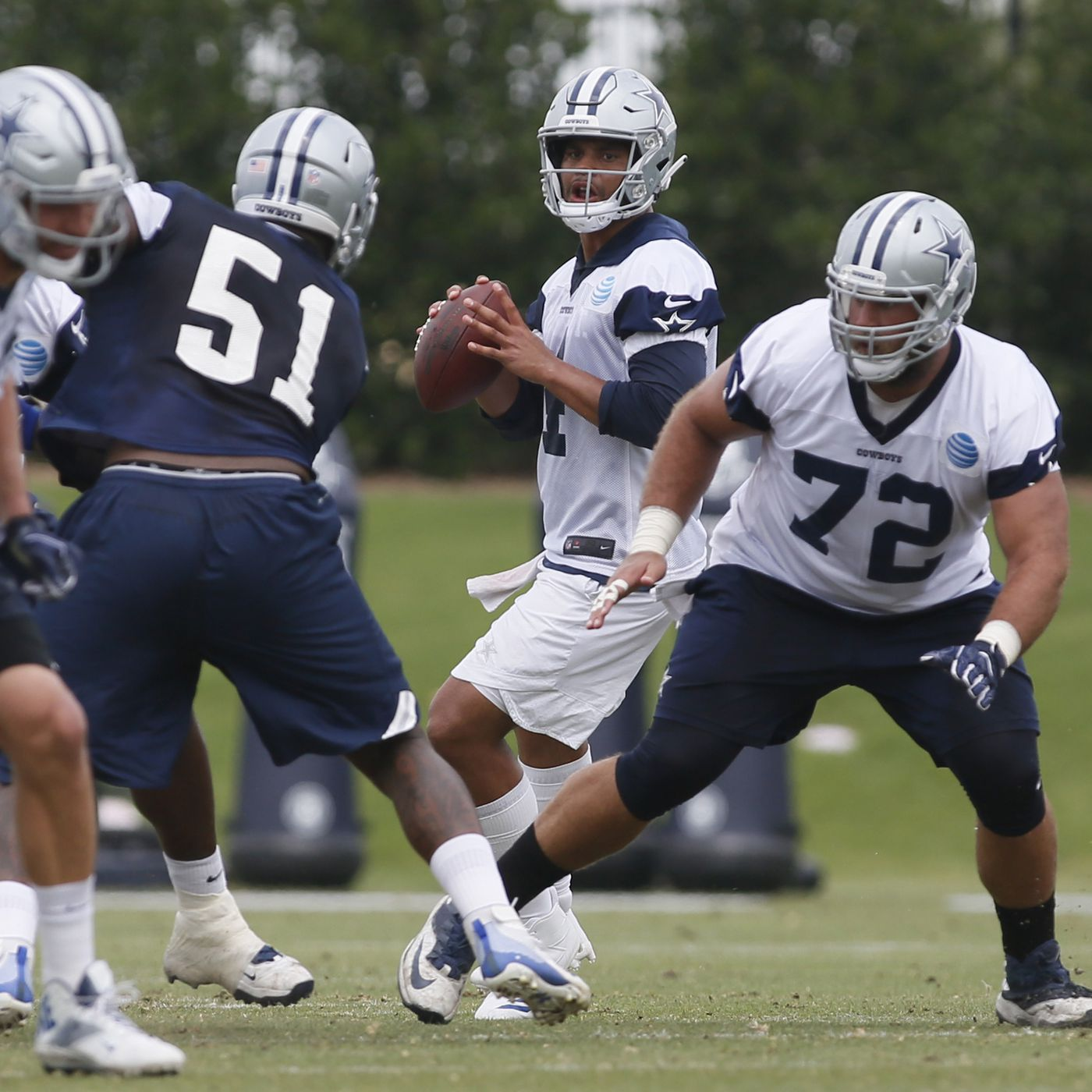 a0dd67eb370 Giants 2018 opponents: Are the Dallas Cowboys a playoff team? - Big ...