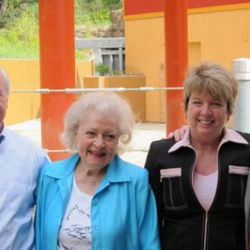 Los Angeles Zoo Director John Lewis, Greater Los Angeles Zoo<br />Association Chairman Betty White, Greater Los Angeles Zoo Association<br />President Connie Morgan, and Los Angeles City Councilmember Tom LaBonge<br />