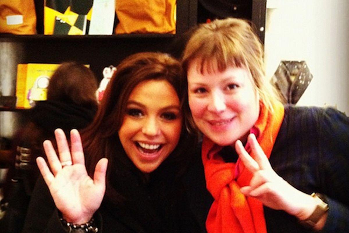 "Rachael Ray with Omoi store owner Liz Sieber. Image credit: <a href=""http://instagram.com/omoizakkashop"">Instagram/Omoi</a>"